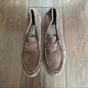 Munro American women's suede Leather  loafers 8M